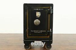 Antique Safe, Working Lock and Combination, Original Pinstriping, Victor #38790