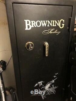 Browning Sterling 12 Rifle and Gun safe Fire Proof