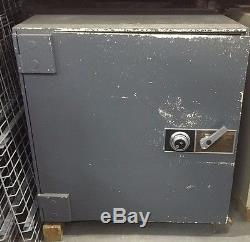 Diebold TL-15 Safe, 10 Lockers, Combo Lock, Pick Up only