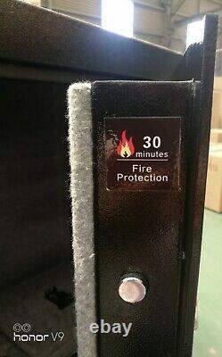SCOUT Fire Resistant 18 Long Gun Safe Electronic Lock Back Up Keys