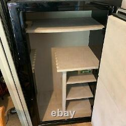 Treadlok Gun safe, Black, carpeted with shelves and Fire Liner