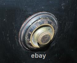 Vintage Antique Safe The General Fireproofing Company WithYale Combination Lock
